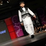 Karachi-Fashion-Week-Spring-Summer-Collection-2013 -16