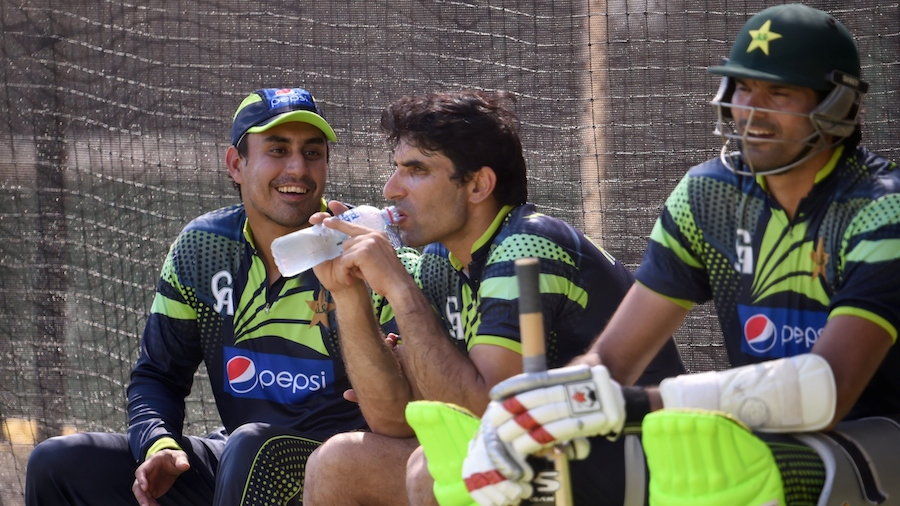 Misbah-ul-Haq cools off with Nasir Jamshed World Cup 2015 at Adelaide