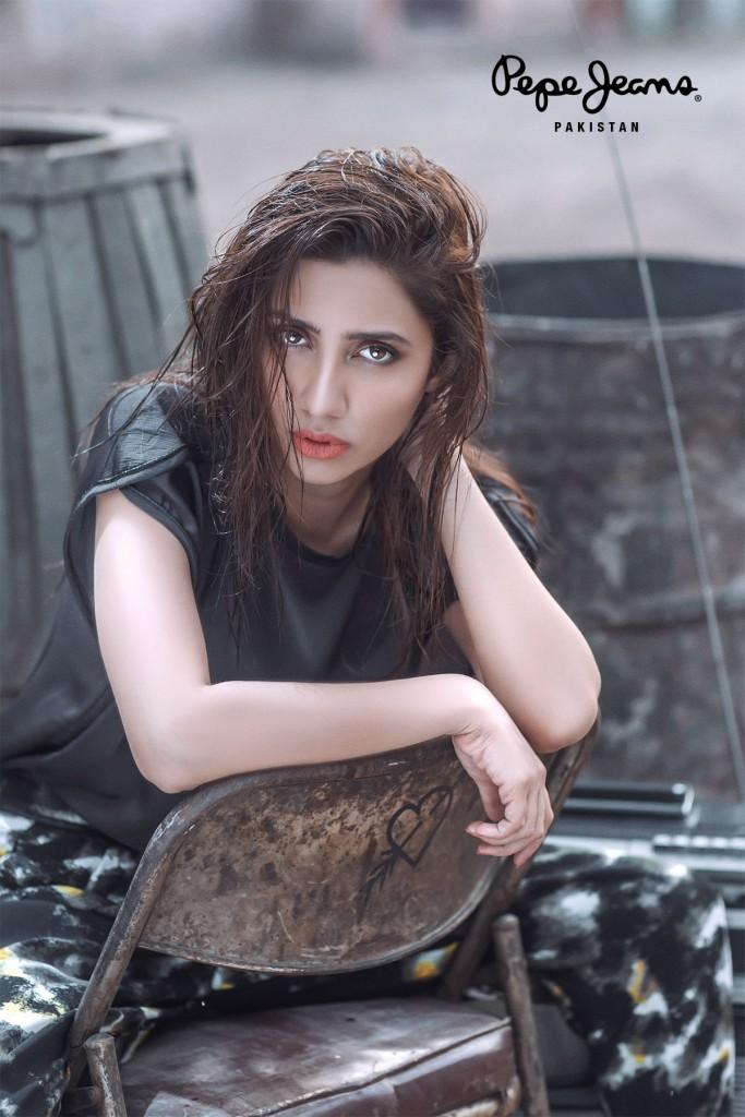 Mahira Khan for Pepe Jeans Pakistan Winter 2015 Campaign - #MKLovesPepe (1)