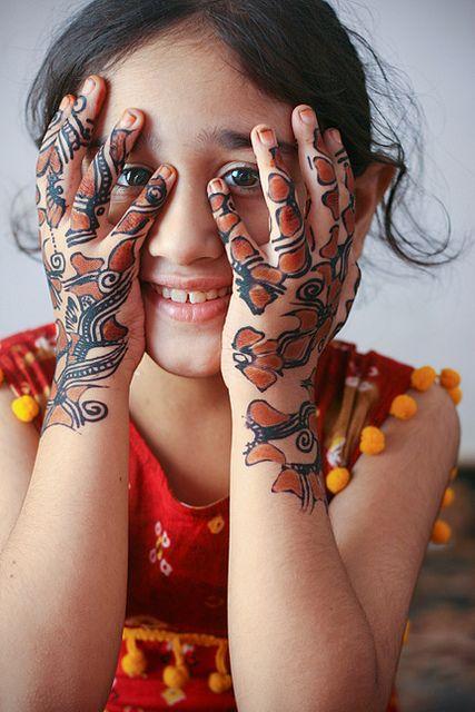 mehndi design for kids 2021